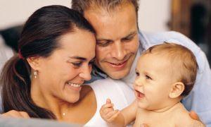 Ребенок родился на территории РФ, а родители граждане другого государства