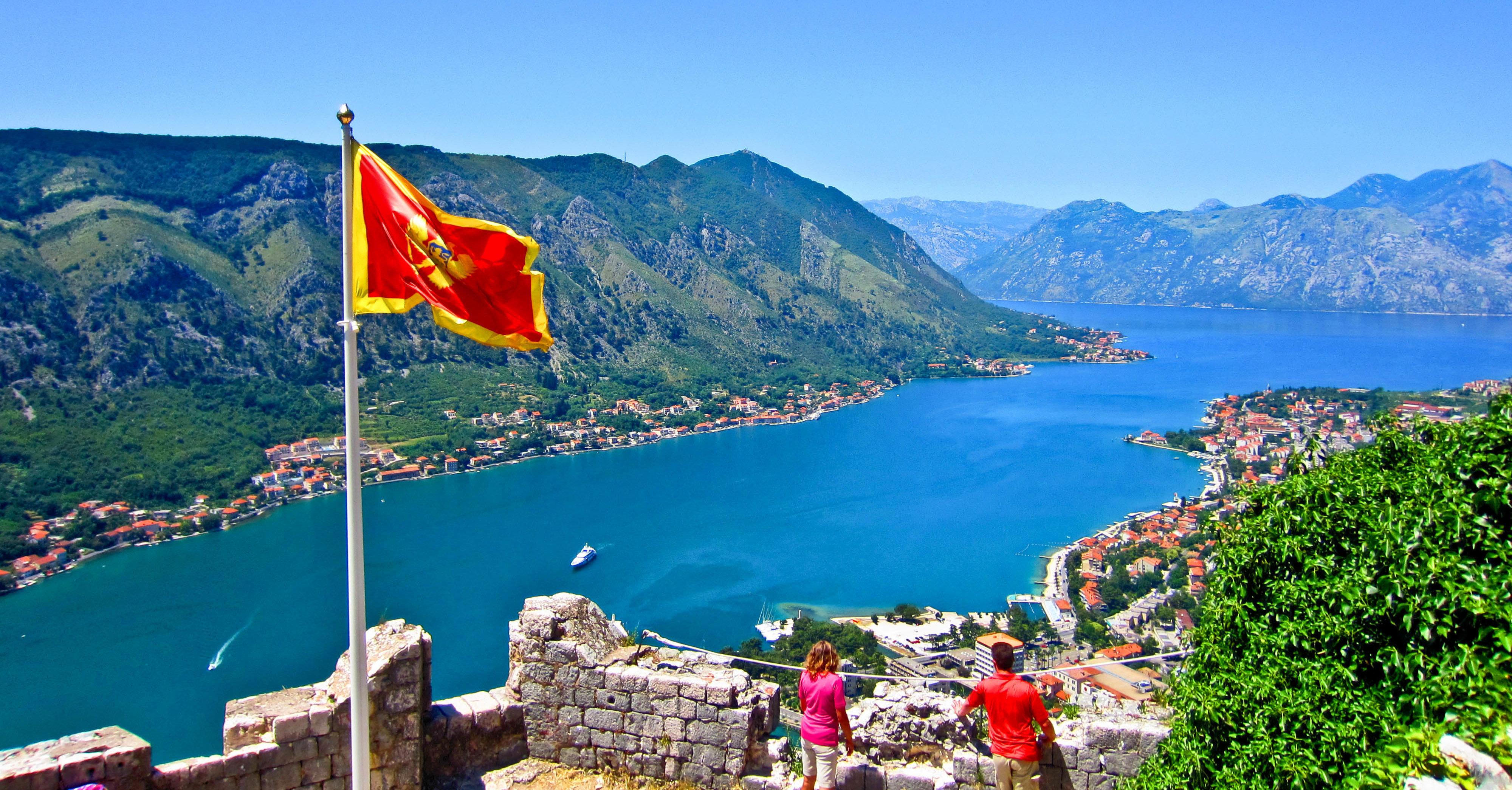 Нужен ли загранпаспорт в Черногорию для жителей России в 2020 году?