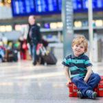 Два способа, как можно вписать ребенка в загранпаспорт родителей