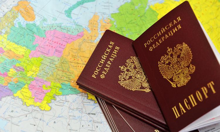 Русские со всего мира стремятся вернуться домой в Россию
